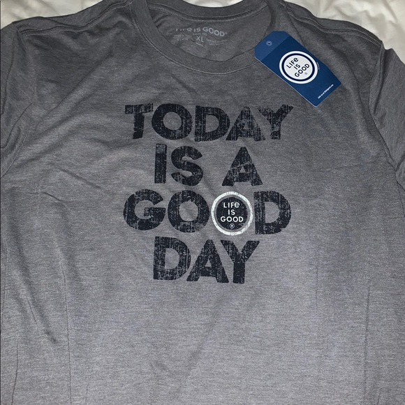 Life Is Good Other - Life Is Good tee NWT size XL